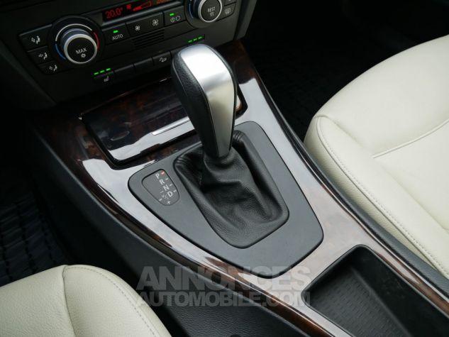 BMW Série 3 330 xd 231 Luxe BVA, Xénon bleu foncé métallisé Occasion - 17