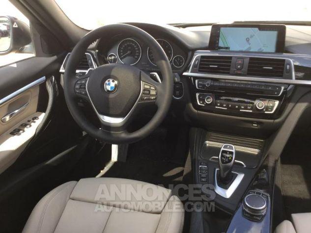 BMW Série 3 330dA xDrive 258ch Luxury Saphirschwarz metallise Occasion - 4