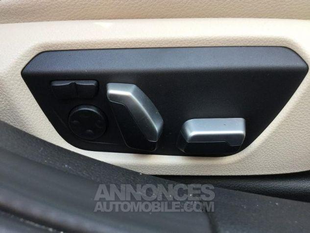 BMW Série 3 330dA xDrive 258ch Luxury Saphirschwarz metallise Occasion - 6