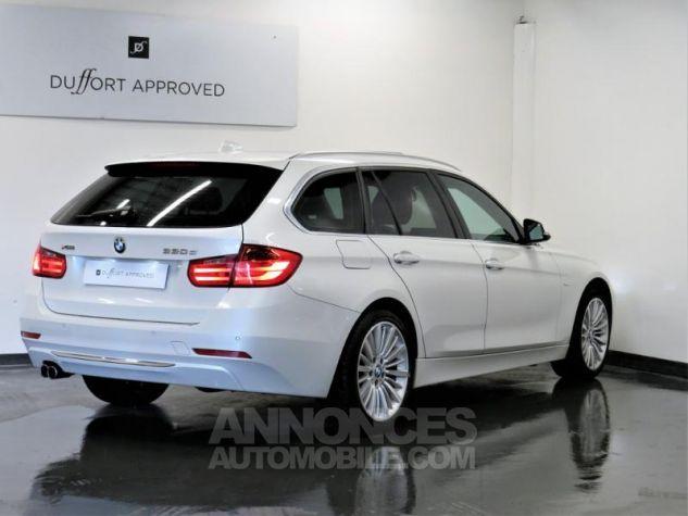 BMW Série 3 Touring 330dA xDrive 258ch Luxury Blanc Occasion - 1