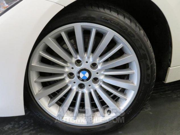 BMW Série 3 Touring 330dA xDrive 258ch Luxury Blanc Occasion - 2