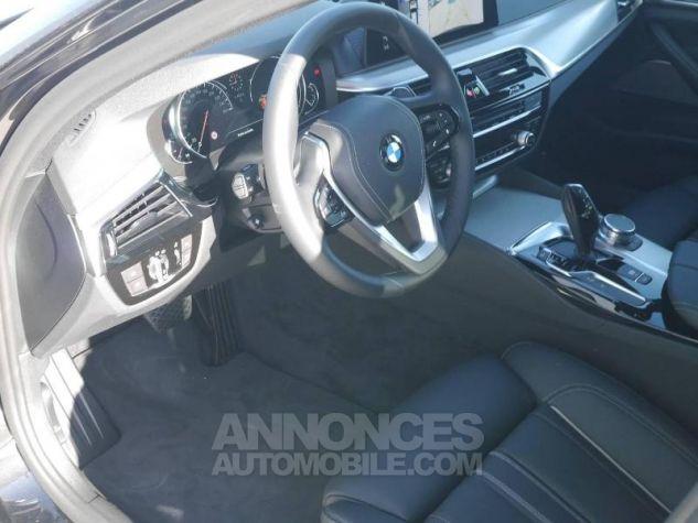 BMW Série 5 520dA xDrive 190ch Luxury Saphirschwarz Occasion - 3