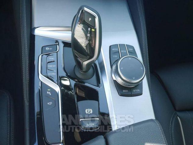 BMW Série 5 520dA xDrive 190ch Luxury Saphirschwarz Occasion - 11