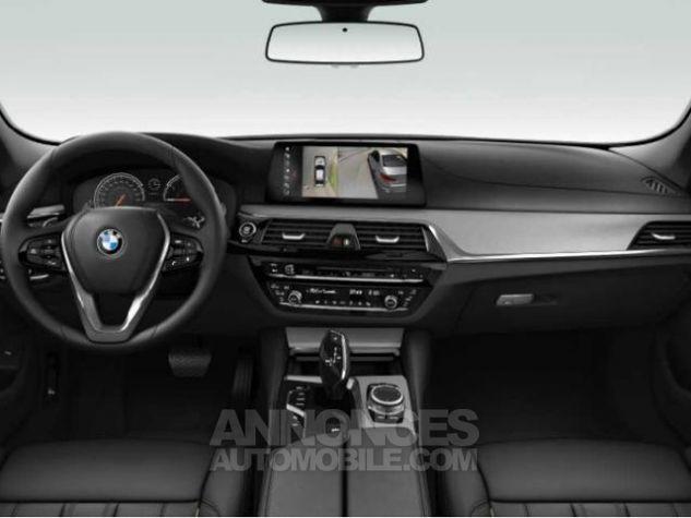 BMW Série 5 520dA xDrive 190ch Luxury Saphirschwarz metallise Occasion - 3