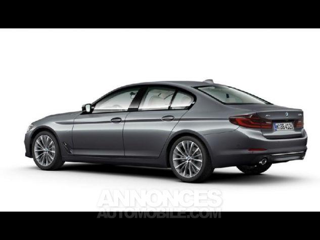 BMW Série 5 530dA xDrive 265ch Luxury Bluestone metallise Neuf - 2