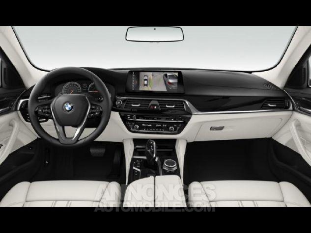 BMW Série 5 530dA xDrive 265ch Luxury Bluestone metallise Neuf - 3