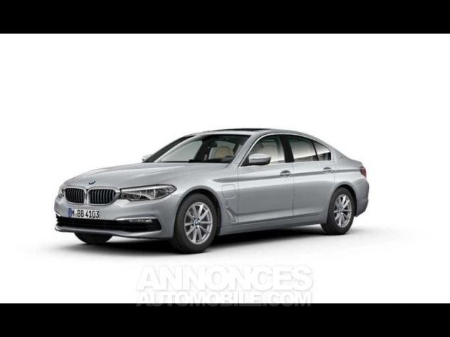 BMW Série 5 530eA iPerformance 252ch Luxury Glaciersilber  metallise Occasion - 1