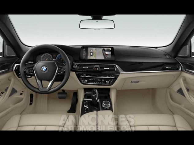 BMW Série 5 530eA iPerformance 252ch Luxury Glaciersilber  metallise Occasion - 3