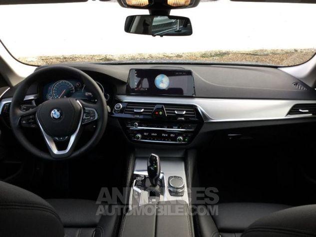BMW Série 5 530iA 252ch Luxury Euro6d-T Sophistograu  metallise Occasion - 3