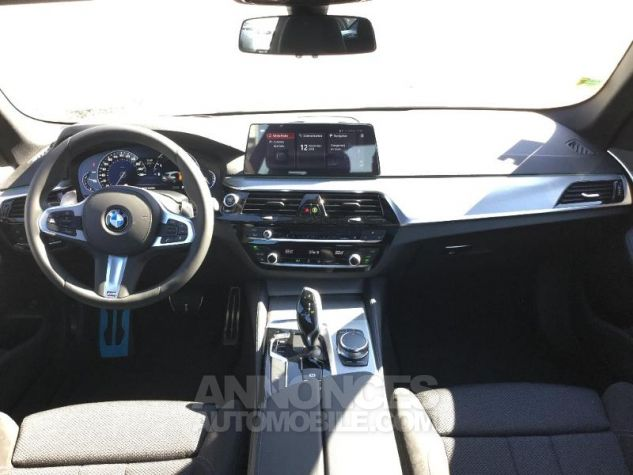 BMW Série 5 Touring 520dA xDrive 190ch M Sport Steptronic Alpinweiss III Occasion - 3