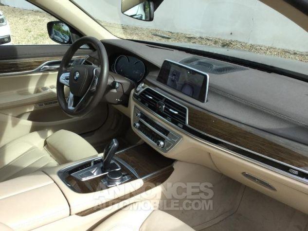 BMW Série 7 730dA xDrive 265ch GRIS Occasion - 2