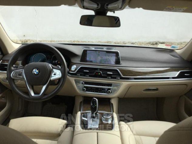 BMW Série 7 730dA xDrive 265ch GRIS Occasion - 3