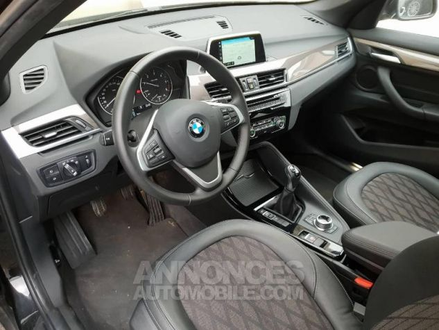 BMW X1 sDrive16d 116ch xLine Euro6c Saphirschwarz Occasion - 3