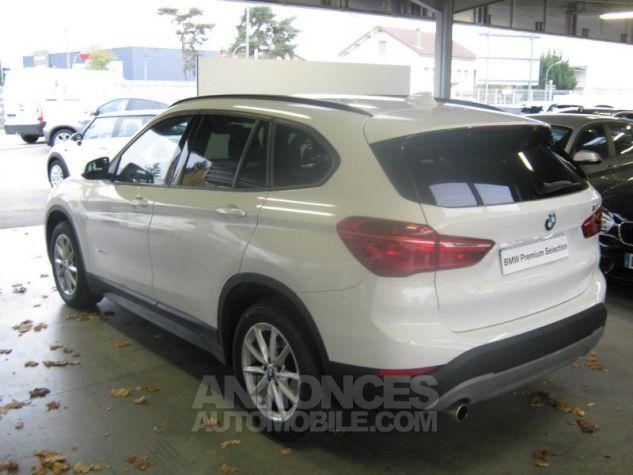 BMW X1 sDrive18dA 150ch Lounge Alpinweiss uni Occasion - 1