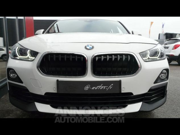 bmw x2 sdrive18da 150ch lounge blanc occasion vert saint. Black Bedroom Furniture Sets. Home Design Ideas