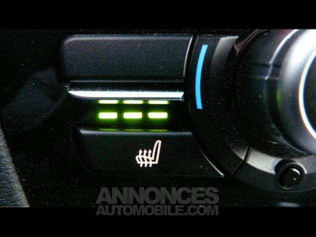 BMW X3 sDrive18dA 150ch xLine Start Edition GRIS CLAIR Occasion - 11