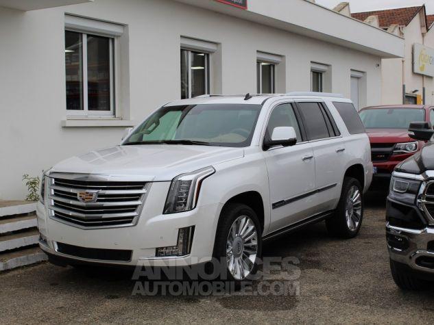Cadillac ESCALADE 6.2L V8 425 CV PLATINUM Blanc Nacre Neuf - 2
