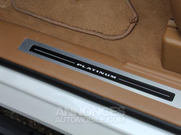 Cadillac ESCALADE 6.2L V8 425 CV PLATINUM Blanc Nacre Neuf - 12