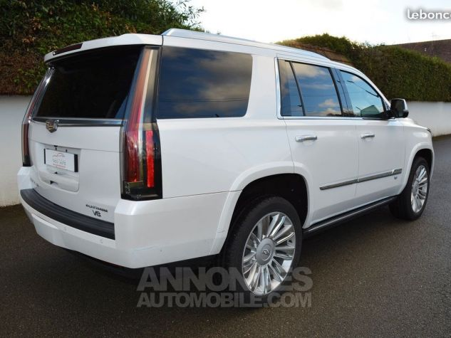 Cadillac ESCALADE PRENIUM blanc nacre Occasion - 1