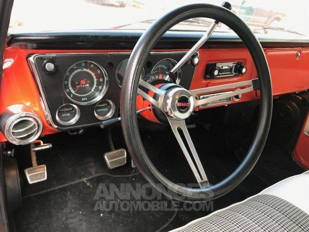 Chevrolet Suburban GMC 8 PLACES V8 AUTO rouge verni Occasion - 12