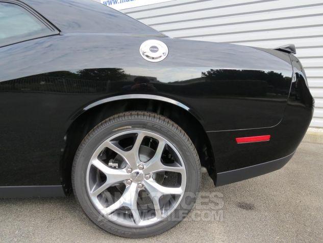 Dodge Challenger  SXT Plus V6 2018 Noire Neuf - 13