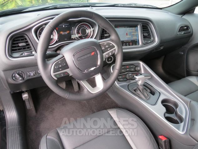 Dodge Challenger  SXT Plus V6 2018 Noire Neuf - 14