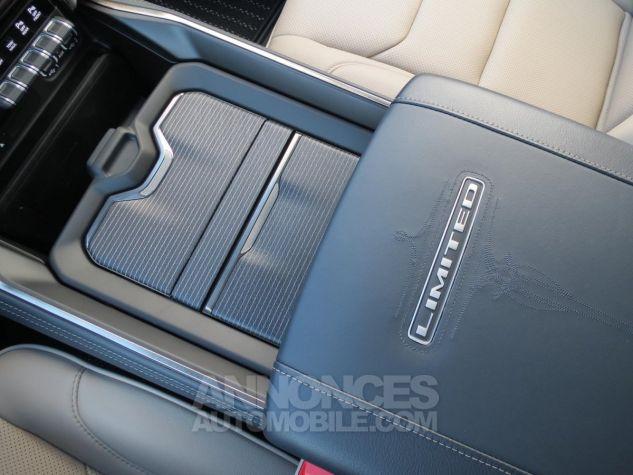 Dodge RAM 1500 Crew Cab Limited 4x4 2019 Maximum Steel Neuf - 21