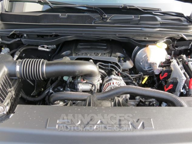 Dodge RAM 1500 Crew Cab Rebel 4x4 2019 Diamond Black Neuf - 13