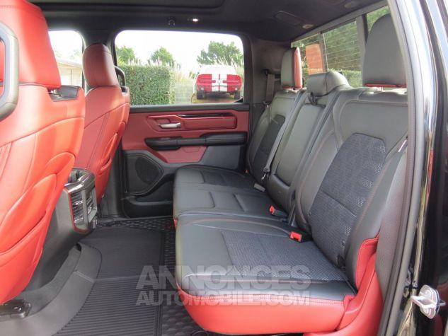 Dodge RAM 1500 Crew Cab Rebel 4x4 2019 Diamond Black Neuf - 18