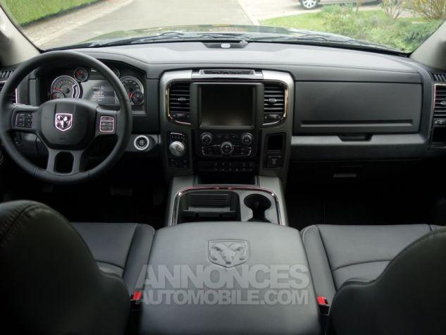 Dodge RAM 1500 CREW CAB SPORT RAMBOX 2017 GRIS FONCE Neuf - 2