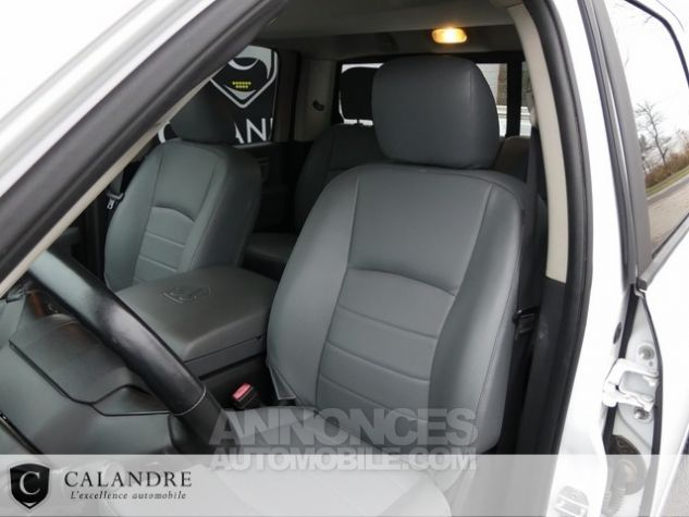 Dodge Ram 1500 SLT PLUS CREW CAB 3.0 V6 ECODIESEL BLANC Occasion - 9