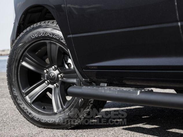 Dodge RAM CREW CAB SPORT BLACK EDITION 2017 NOIR Neuf - 4