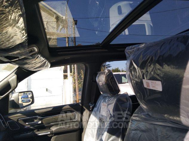 Dodge Ram SPORT CREWCAB 2020 Noir Occasion - 12