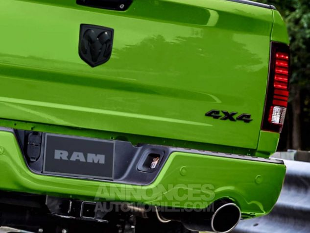 Dodge RAM SUBLIME GREEN EDITION LIMITEE vert Occasion - 5