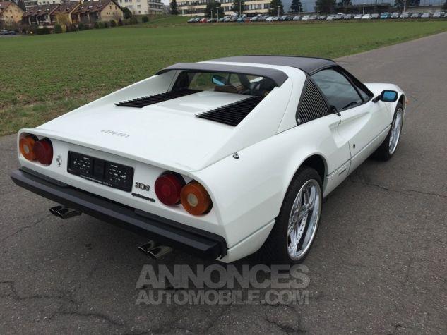 Ferrari 308 GTS QUATTROVALVOLE (TARGA) Blanche Occasion - 3