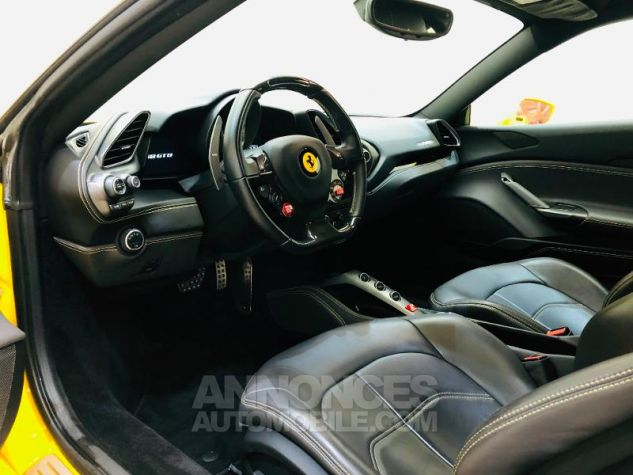 Ferrari 488 GTB V8 3.9 T 670ch Jaune Occasion - 1