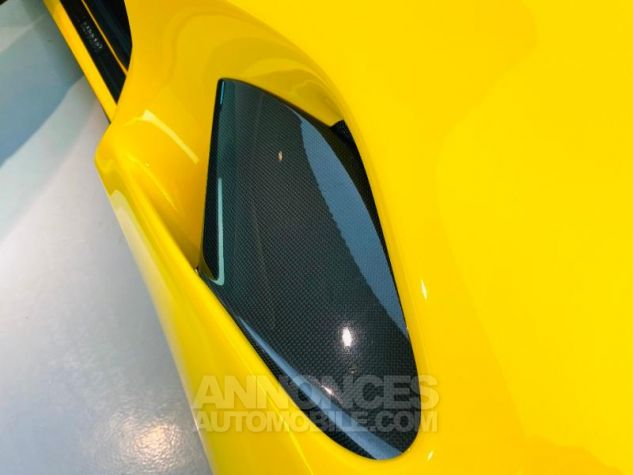 Ferrari 488 GTB V8 3.9 T 670ch Jaune Giallo Occasion - 11