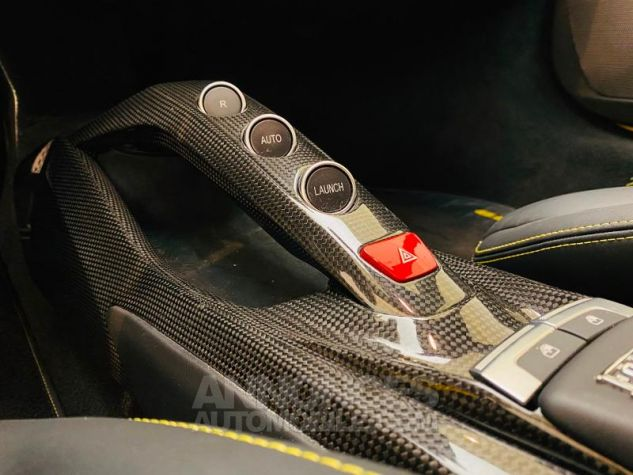Ferrari 488 GTB V8 3.9 T 670ch Jaune Giallo Occasion - 17