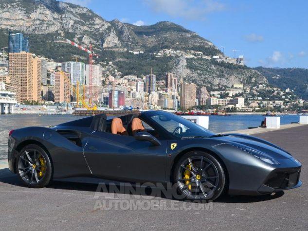 Ferrari 488 Spider V8 3.9 T 670ch Gris / Griogio Silverstone Occasion - 2