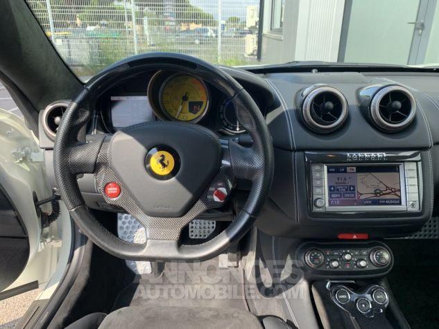 Ferrari California 4.3L V8 460 DCT BLANC NACRE Occasion - 12