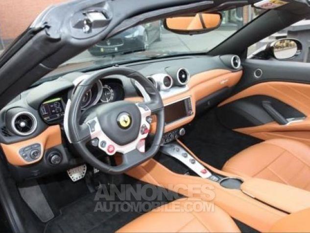 Ferrari California T Nero Daytona métal Occasion - 10