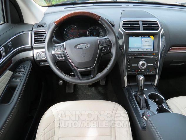 Ford Explorer Platinum 2018 V6 Ecoboost Blue Jean Neuf - 12