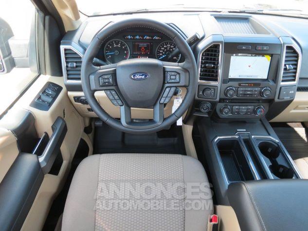 Ford F150  XLT SuperCab 4x4 2017 Caribou. Neuf - 17
