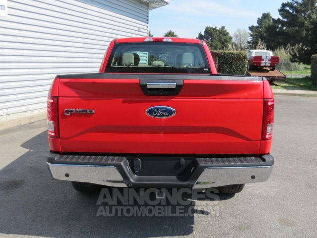 Ford F150  XLT SuperCab 4x4 2017 Race Red. Neuf - 6