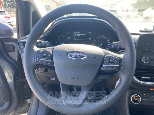 Ford Fiesta 1.5L TDCI 85 CV ESSENTIAL Gris Occasion - 13