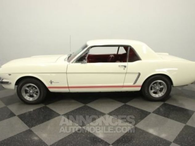 Ford Mustang 1965 Blanc Occasion - 0