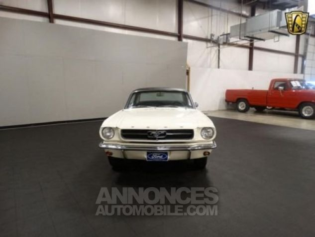 Ford Mustang 1965 Blanc Occasion - 1