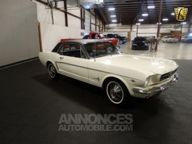 Ford Mustang 1965 Blanc Occasion - 8