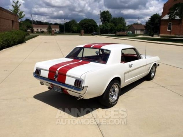 Ford Mustang 1965 Blanc Occasion - 4