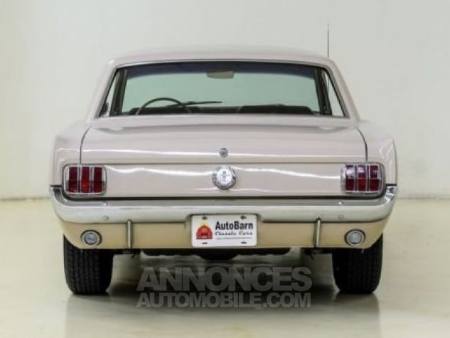 Ford Mustang 1966 Sahara beige Occasion - 2